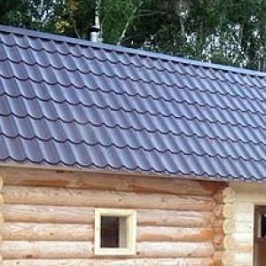 что подкладывать между фундаментом и крыши