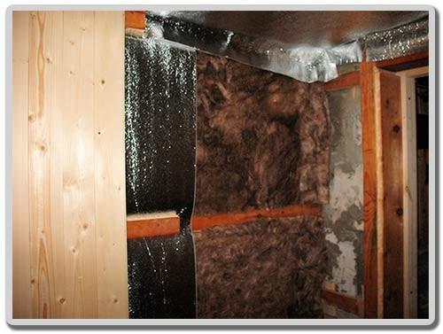 фото: отделка изолоном стен бани