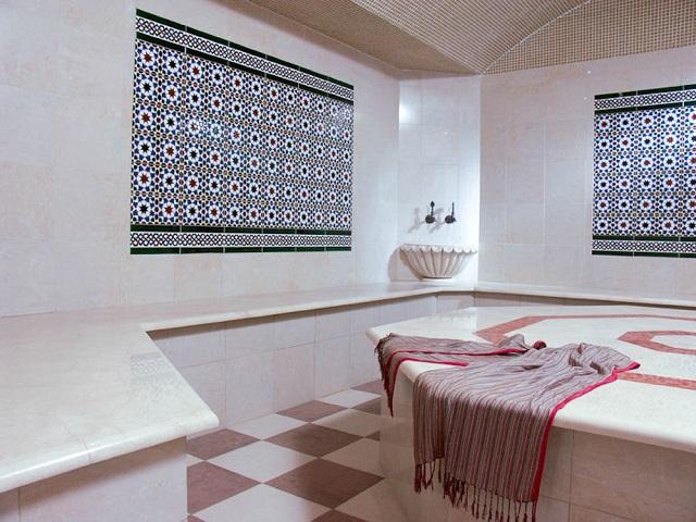 фото: внутренняя отделка моечной бани