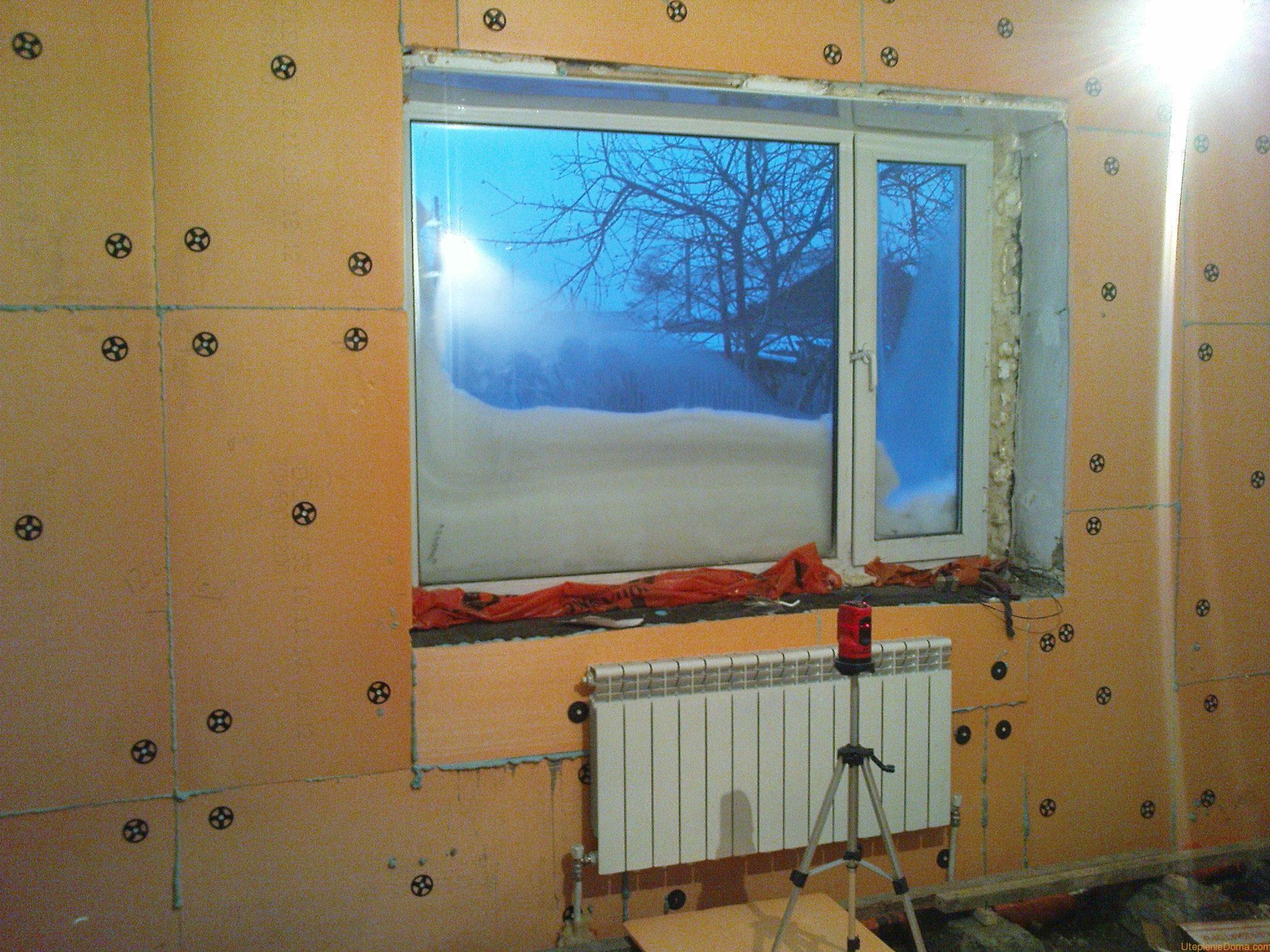 Как утеплить угловую комнату своими руками