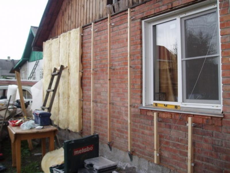 Утепляем деревянный дом снаружи своими руками