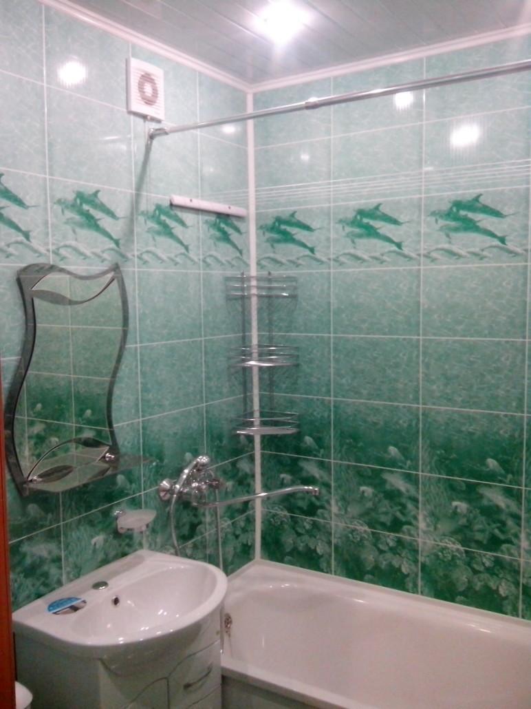 Как отделать ванную комнату пластиковыми панелями 73
