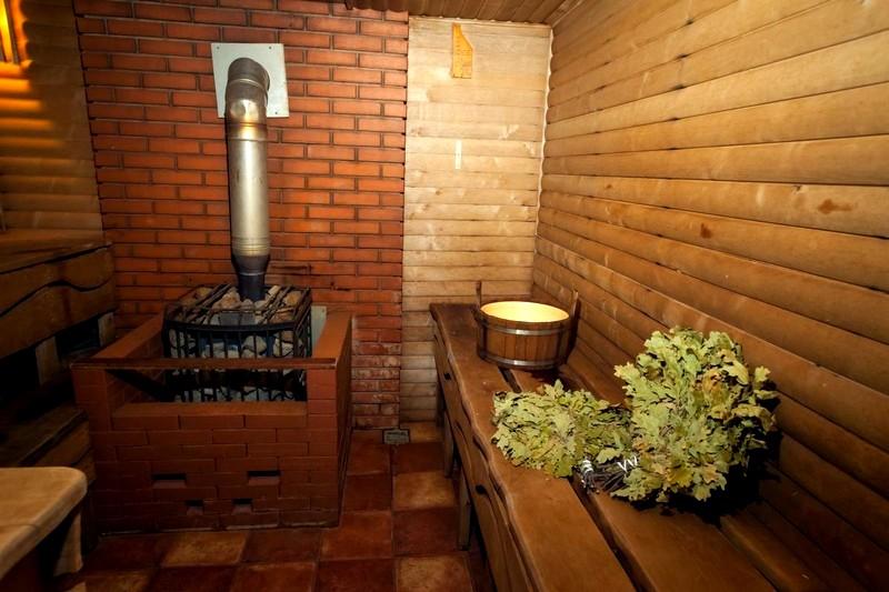 Картинки по запросу Традиционная русская баня на участке