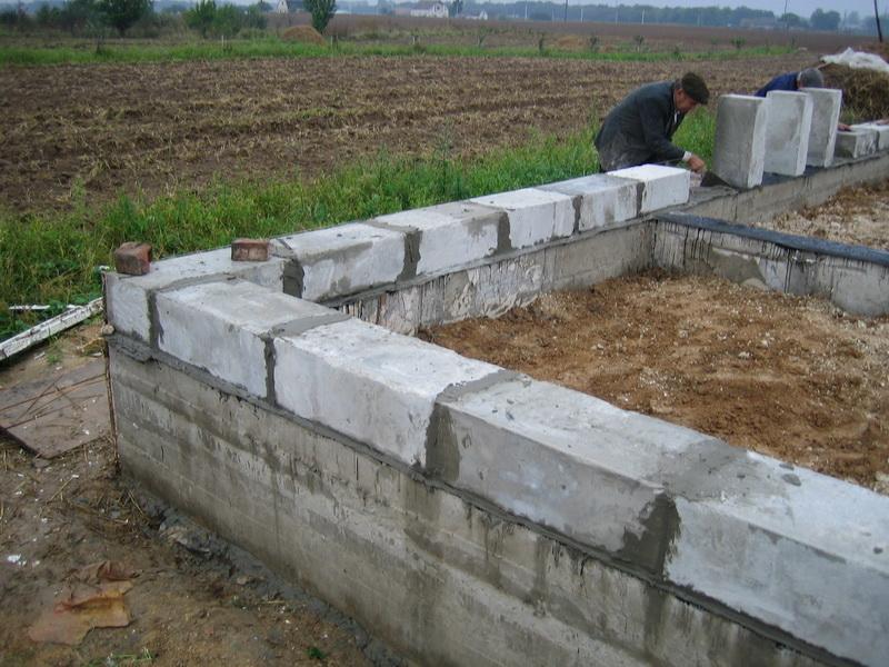 Фундамент из керамзитоблоков своими руками