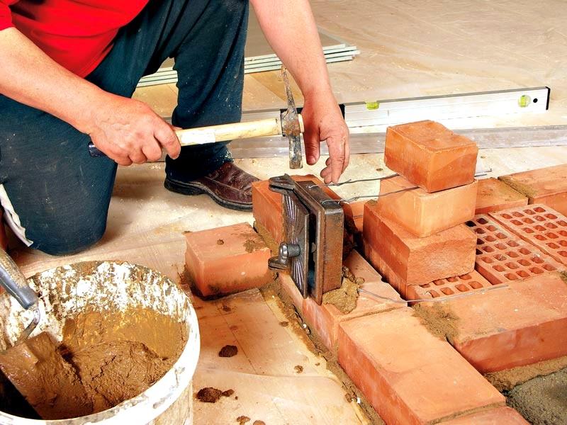 Инструменты и материалы для кладки печи в бане