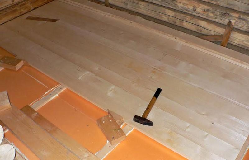 Как правильно сделать полы и потолок в бане