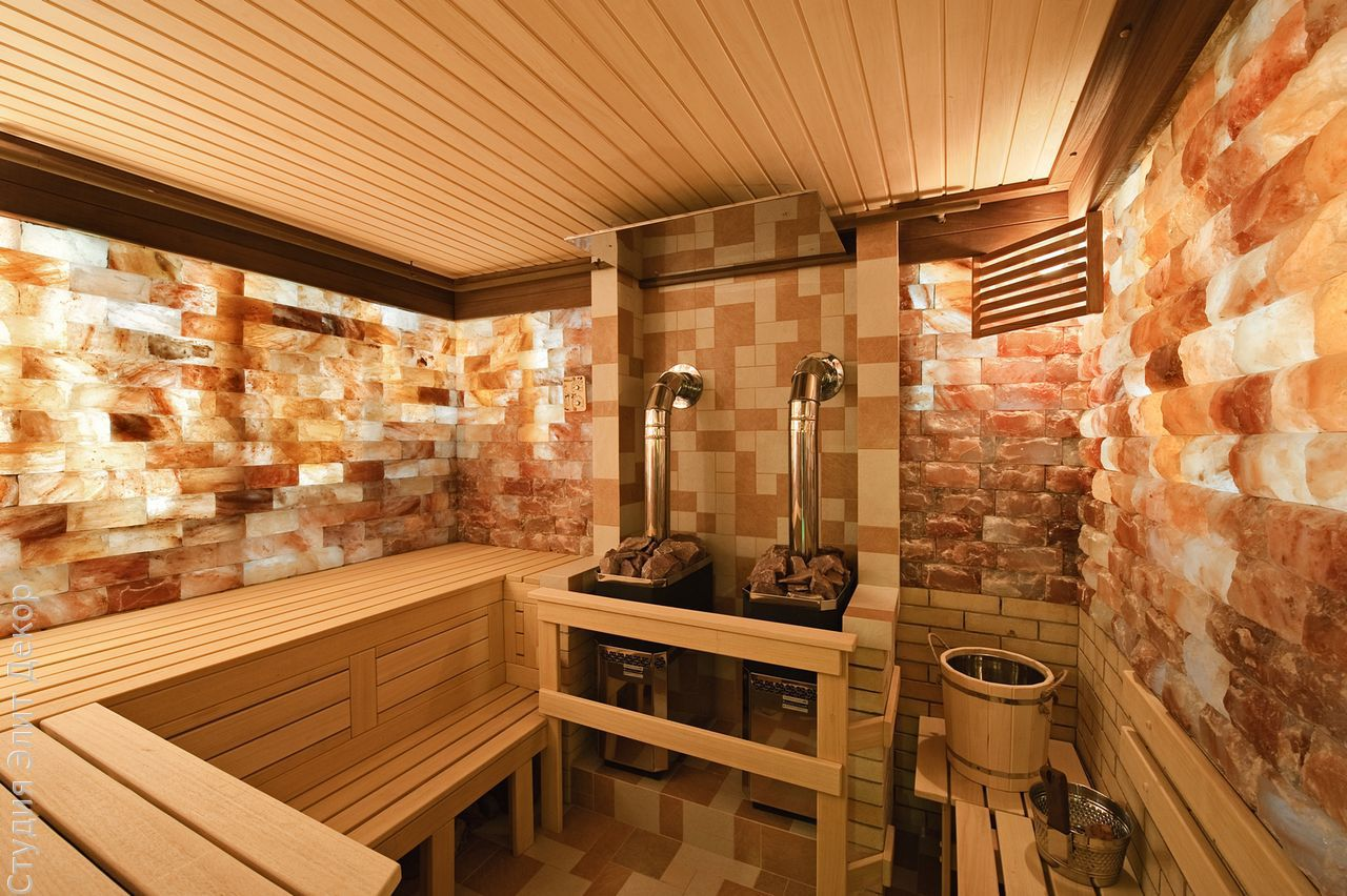 Соляные панели на стенах в бане