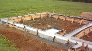 фото: ленточный фундамент под баню
