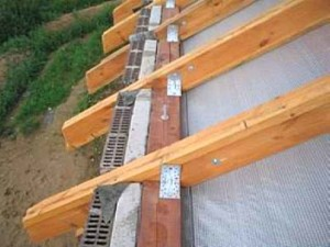 фото: мауэрлат в конструкции крыши