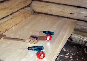 фото: монтаж холодного пола в бани