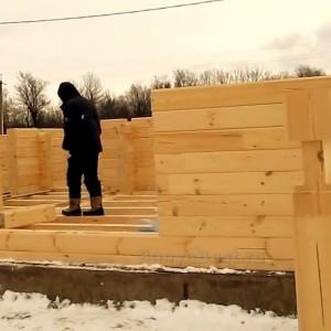 фото: строительство бани из профилированного бруса