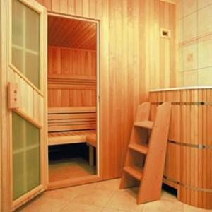 фото: чем отделать моечную в бане