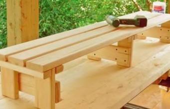 фото: скамейка для бани своими руками