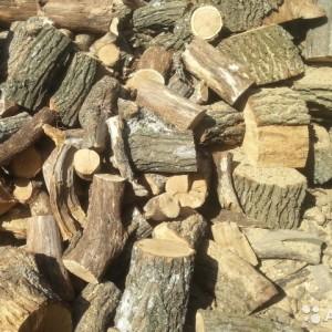 фото: хвойные дрова