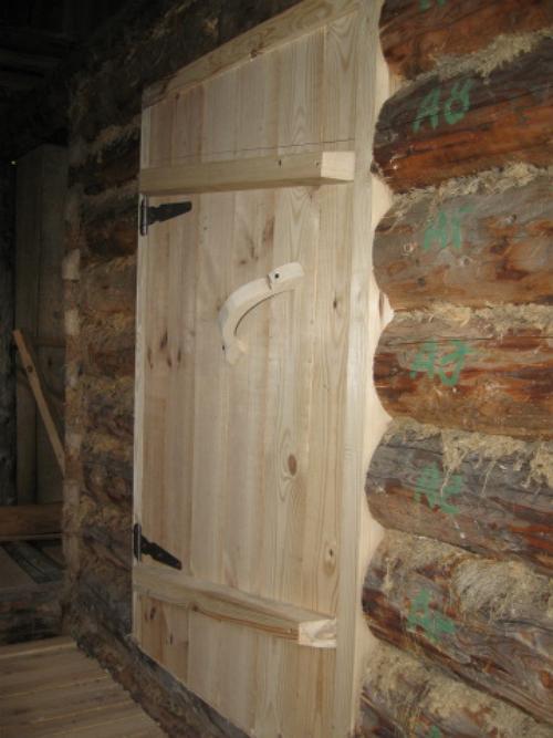 фото: как утеплить дверь в бане