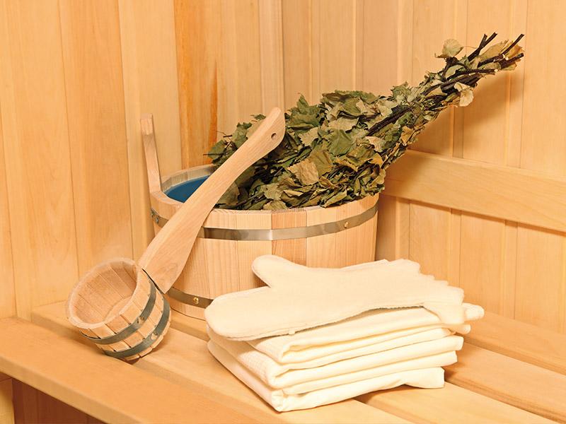 Плитка на деревянную стену в бане