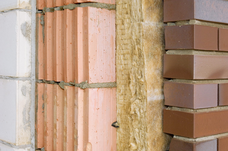 как утеплить стену снаружи кирпичного дома