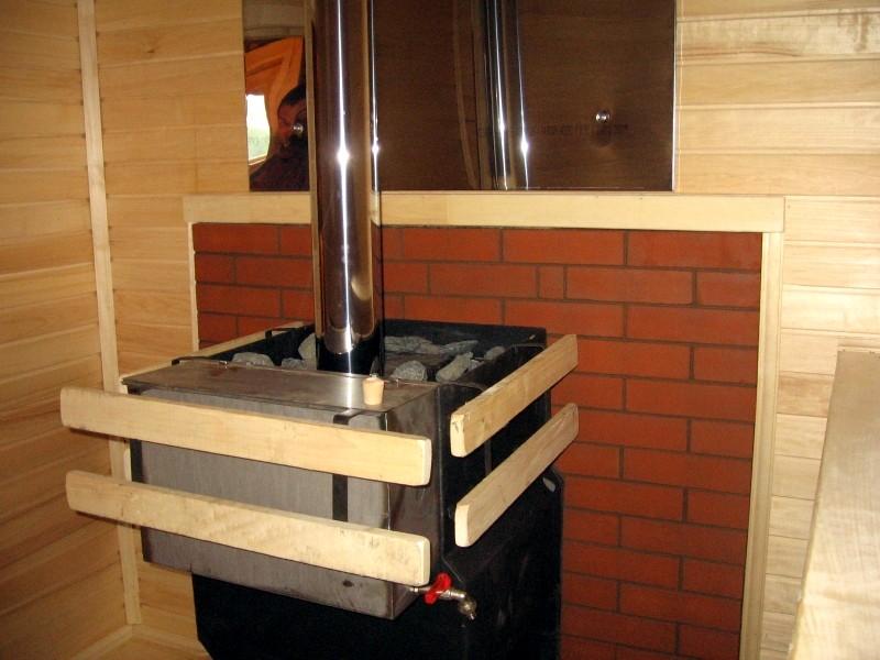 Монтаж печи в банном комплексе