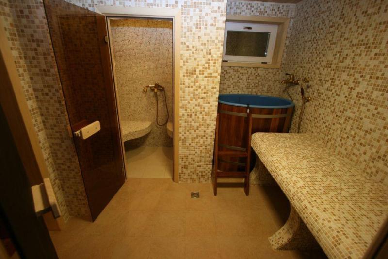 Плитка в интерьере помывочной бани