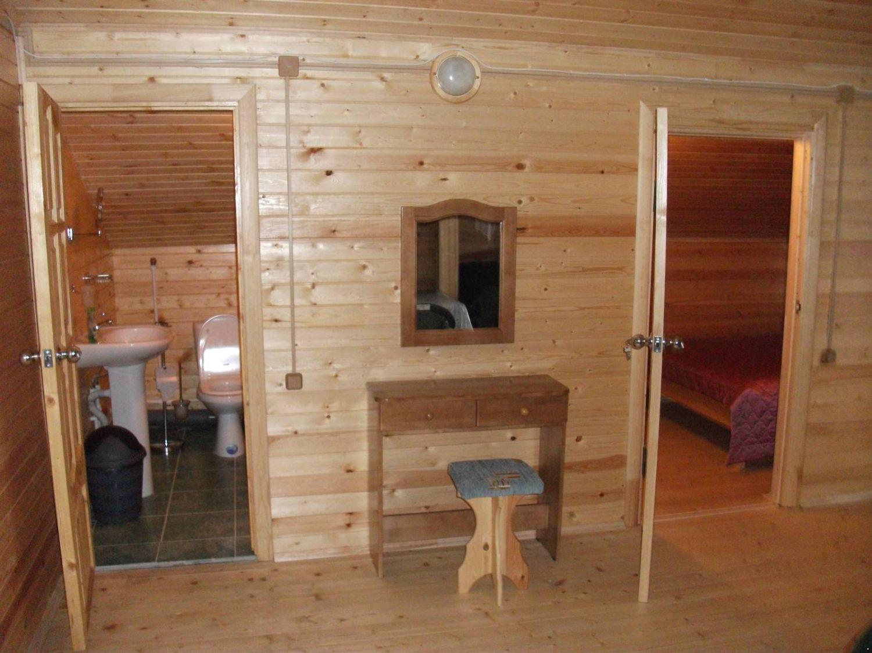 Баня с комнатой отдыха и туалетом