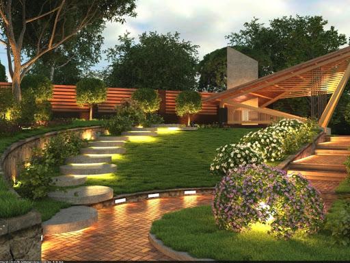Помощь ландшафтного дизайнера в разбивке участков сада