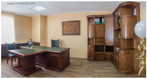 Мебель из массива дуба определяет благополучие общего впечатления от дома